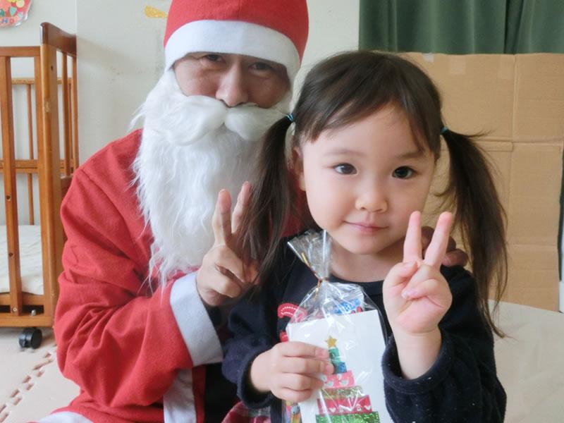 西新の保育園 にしじん森の子保育園 クリスマス会・内科健診